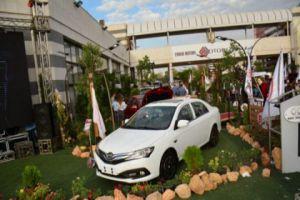سيارات بسعر 110 مليون ليرة بمعرض دمشق الدولي!..والتموين: ليس لدينا علم بالأسعار