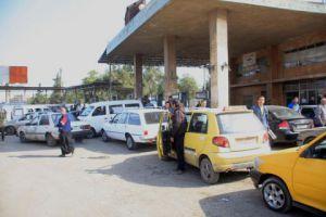 درعا تعاني نقصاُ في البنزين .. والمديرية تبرر بإرتفاع اعداد السيارات