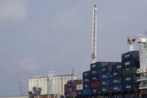 القرم تسعى لفتح خط بحري للشحن وأخر جوي للسياحة مع سورية