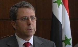 حاكم المركزي: لن نسمح للمضاربين بضرب استقرار السوق.. وأسعار الدولار بالمحافظات أصبحت قريبة من دمشق