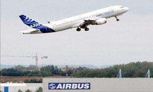 شركة طيران صينية تعتزم شراء 100 طائرة