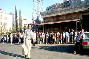 أزمة خبز في حلب ترفع سعر الربطة إلى 300 ليرة