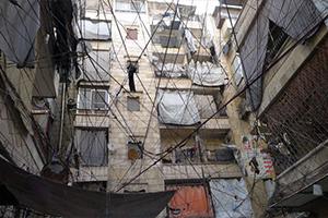 1500 ليرة للأمبير الواحد أسبوعياً.. بعد عام ونصف حرفيو حلب ينتظرون انتشالهم من تجار الأمبيرات