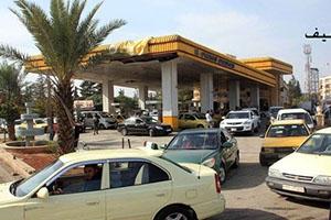 وصول كميات كبيرة من البنزين إلى حلب وعمليات البيع والتوزيع مستمرة