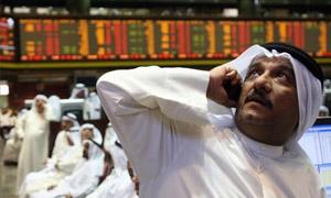 تهاوي الأسهم العربية بفعل النفط وخفض النظرة المستقبلية للسعودية