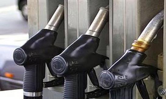 محطات الوقود تعود للعمل في دمشق وريفها