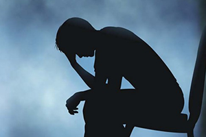 سوء الظروف المعيشية يدهور صحة السوريين النفسية: الاكتئاب ومحاولات الانتحار في ازدياد!