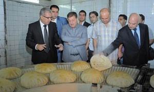 قاضي أمين: افتتاح مخبزين جديدين بدمشق بطاقة إنتاجية 32 طنا يومياً