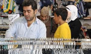 قرار للتجارة الداخلية يحدد نسب أرباح منتجي ومستوردي الألبسة والأحذية