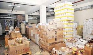 ضبط مستودع مواد غذائية وزبدة نباتية منتهية الصلاحية في دمشق