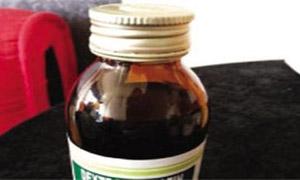 وزارة الصحة تسحب وتمنع مستحضر لسعال الأطفال بعد معلومات عن تسببه بحالات تسمم