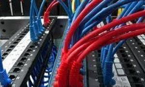شركة الاتصالات: سرقة مئات الكيلو مترات من الكابلات وهي في الخدمة