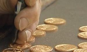 بعد دمشق.. جميعة الصاغة بحلب تطرح 200 ليرة ذهبية سورية قريباً