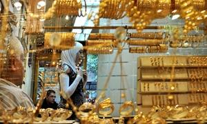 18كيلوغرام مبيعات الذهب اليومية في دمشق..الاونصة تخسر 40 دولاراً في اسبوع مقابل 100 ليرة لغرام الـ21 قيراط