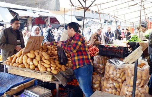 أكثر من 2500 ضبط تمويني و إغلاق 280 محل تجاري في أسواق حمص خلال العام2015