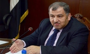 وزير الصناعة يفتح دفتر الحسابات.. ويقول لمؤسسة الإسمنت