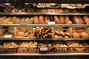 تبقى أسعار السوق أعلى بكثير.. تموين دمشق تصدر نشرة جديدة لأسعار الخبز السياحي والكعك بنسبة ارتفاع 40 بالمئة