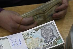 موظف حكومي في سورية يختلس أكثر من 5 ملايين ليرة لمدة 9 سنوات وبشكل شهري !!