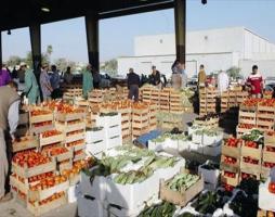 أسعار الخضار و الفواكه في أسواق دمشق مستقرة.. والبائعون قلقون من سعر الصرف