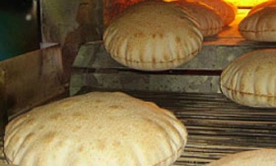 الخبز متوافر على مدار الساعة وسينخفض الطلب عليه خلال الأيام القادمة