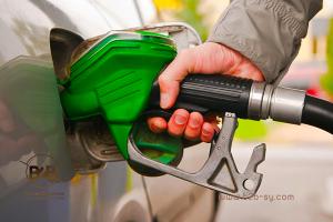 النفط: إيقاف التعامل مع ست محطات وقود بريف دمشق..لهذه الأسباب!