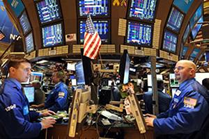 المؤشرات الرئيسية للأسهم الأمريكية تغلق مرتفعة لكنها تنهي الأسبوع على خسائر