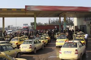 وزارة النفط تكشف السبب الحقيقي لأزمة البنزين في سورية.. إليكم التفاصيل كاملةً؟