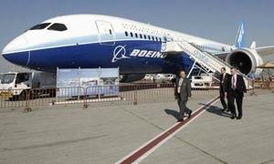 بوينج تطلق طائرتها الجديدة 777 بطلبيات حجمها 259 طائرة.. 100طائرة منها لفلاي دبي