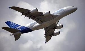 طيران الامارات تعلن عن طلبيتين لشراء 200 طائرة ب99 مليار دولار