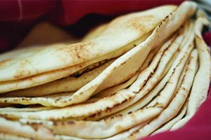 في سورية: ارتفاع تكلفة ربطة الخبز في المخابز الحكومية  إلى 310 ليرات.. ودعمها مستمر