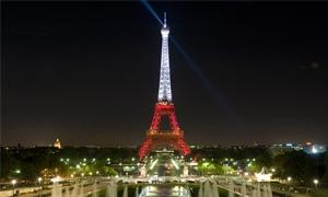 فرنسا الوجهة السياحية الأولى في العالم باستقطابها 83 مليون سائح في 2012