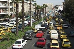 في أول تداعيات رفع الأسعار.. سائقو الميكروباصات في دمشق يرفعون أجرة الركوب