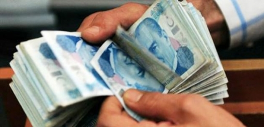 مسؤول تركي: سيطبق قانون الحد الأدنى لأجور العاملين في تركيا على السوريين