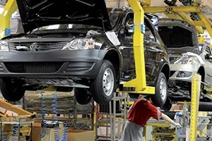 تاجر رداُ على التموين: يجب حصر زيادة الرسوم الجمركية المرتقبة على شركات تجميع السيارات فقط!