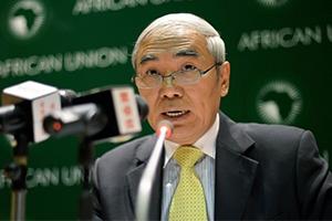 الصين تبدي استعدادها للمشاركة في إعادة الإعمار بسوريا وتضع شروطاً لذلك