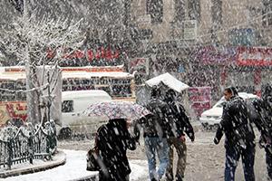 المنخفض الإيسلندي يبدأ اليوم.. والثلوج يوم الاثنين تغزو سوريا