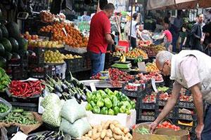 البطاطا من 350 إلى 125 ليرة..إنخفاض يطال أسعار الخضار والفواكه بنسبة 50 %  في أسواق دمشق