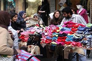 كسوة العائلة بملابس البسطات تصل لـ35 ألف ليرة.. وتكلفة شهر العيد في سورية تصل إلى 200 ألف!