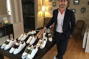 قصة نجاح: السوري دانييال عيسى من لاجىء إلى صاحب ماركة عالمية للأحذية الفاخرة في فرنسا
