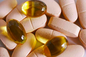 دراسة: هذا الفيتامين يقلل وفيات وأعراض كورونا  ( بنسبة كبيرة )