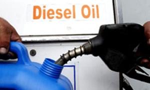 بعد البنزين والمازوت.. الحكومة السورية تقرر زيادة سعر ليتر المازوت إلى 60 ليرة