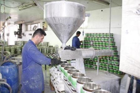 إنخفاض إنتاج سورية من الدهان إلى 18%ليبلغ 5 آلاف كالون فقط..وتوقف لصناعة الخزف