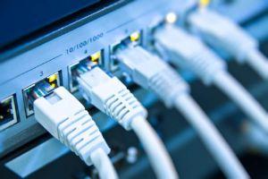 وزير الاتصالات: أسعار الاتصالات والإنترنت مدروسة ولن يتم رفعها أو خفضها العام الحالي