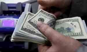 %47 ارتفاع الليرة أمام الدولار.. شركات الصرافة تبيع الدولار بـ220 ليرة بسقف مفتوح  ودولار السوداء دون الـ250 ليرة