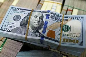 الدولار يهبط من جديد في الأسواق العالمية