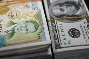 الدولار  الأمريكي يهبط مقابل الليرة السورية بنسبة 15.7% خلال الربع الأول 2018