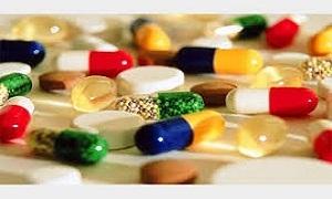 التجارة الخارجية: فتح اعتمادات 5 عقود لتوريد أدوية من إيران