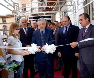 وزير الاقتصاد يؤكد دعمه صناعة المعرض في سورية