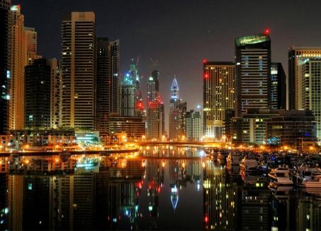 هل تخطط الإمارات لفرض ضريبة على دخل الأفراد؟