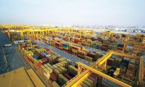 لأول مرة في تاريخها تجارة دبي غير النفطية تتجاوز 600 مليار درهم